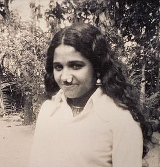 Amma's Childhood & Early Years