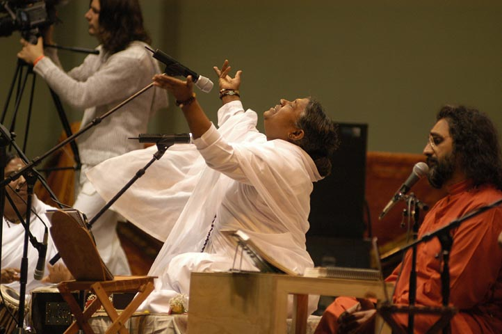 Amma Singing Bhajan